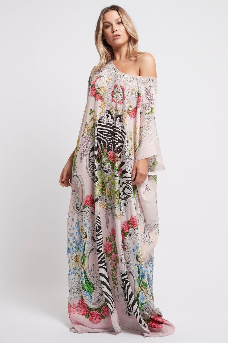A LADY IN PINK RN LONG KAFTAN - Czarina