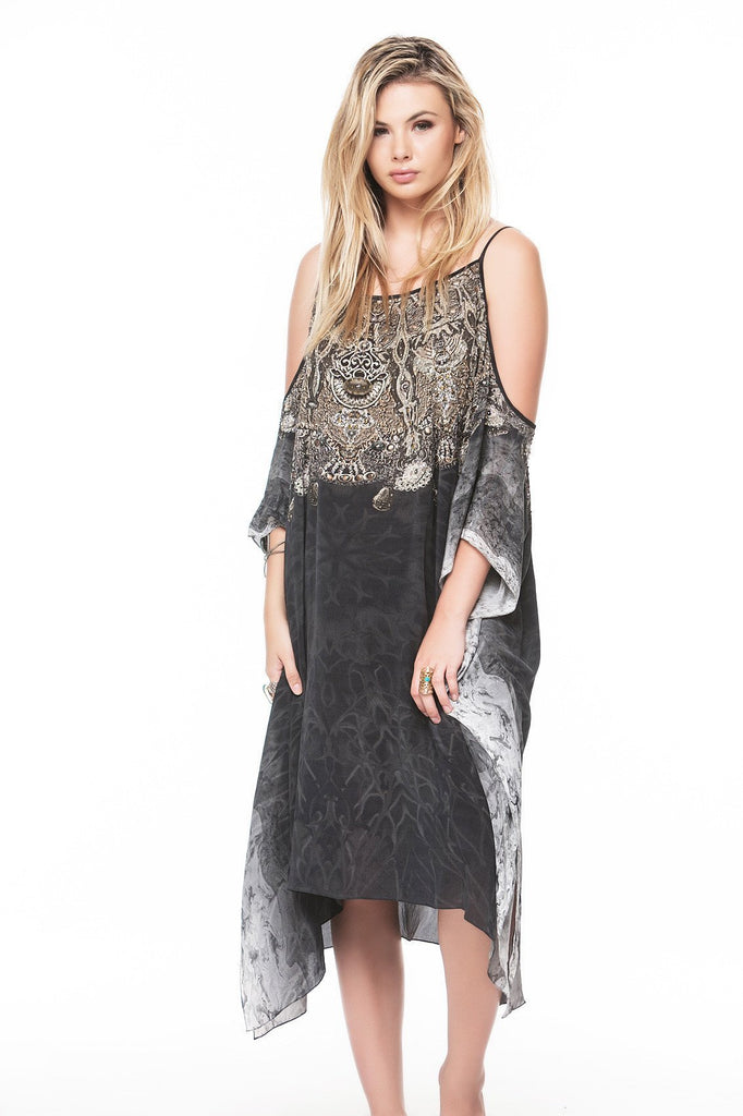 DARK CHEROKEE COLD-SHOULDER SHORT KAFTAN - Czarina