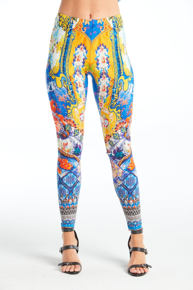 LIVE IN THE MOMENT LEGGINGS - Czarina