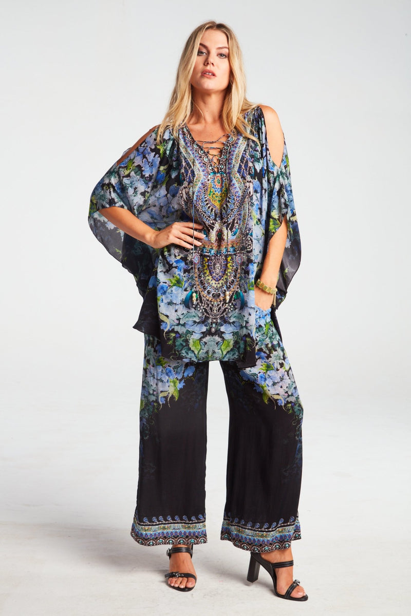 TRUE REFLECTIONS PALAZZO PANTS - Czarina