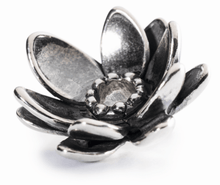 Load image into Gallery viewer, Giant Lotus Pendant