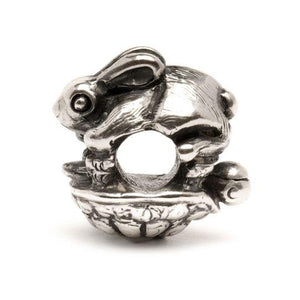 The Hare and the Tortoise Bead