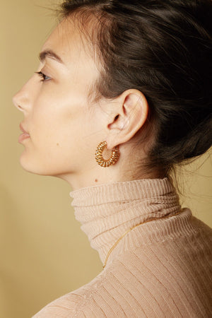 reliquia gold fill spiral hoop earrings online at hunterminx boutique