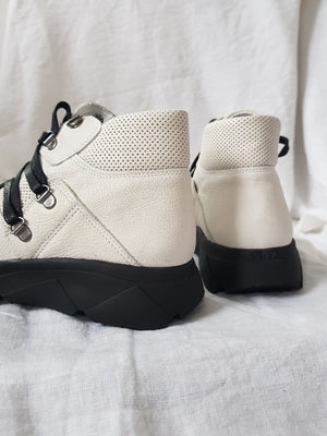 felmini c487 white leather hi-top sneaker in hiker luxe style sculptural platform sole