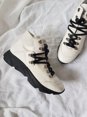 felmini c487 white leather hi-top sneaker in hiker luxe style with black sole