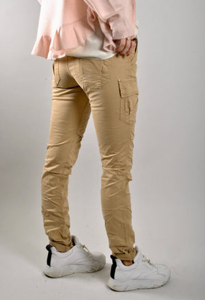 mos mosh cheryl cargo reunion pants in safari back