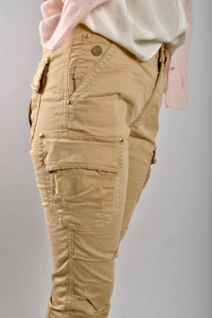 mos mosh cheryl cargo reunion pants in safari side pocket