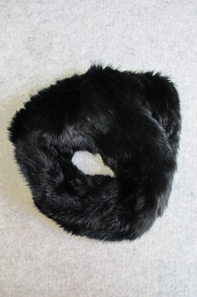 ARELLE - FUR SNOOD IN Black