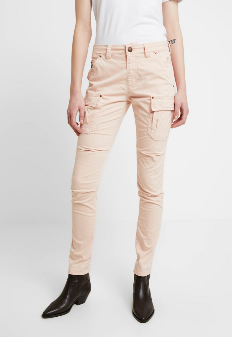 cheryl mos mosh cargo pant chintz rose hunterminx  back pocket