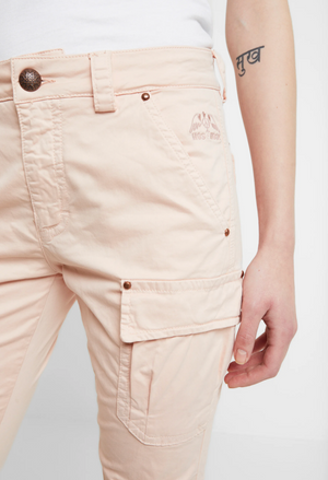 cheryl mos mosh cargo pant chintz rose hunterminx  close up