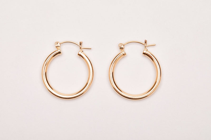 FINERRINGS - Gold Chunky Hoops