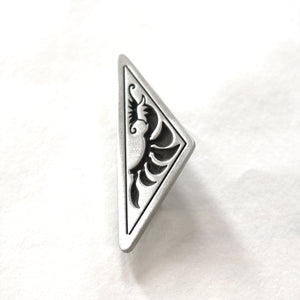 Garry & Jan Zeck -  'Kangaroo Paw' Triangle Pewter Brooch (gze013)