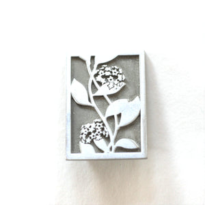 Garry & Jan Zeck -  'Hoya' Pewter Brooch (gze073)