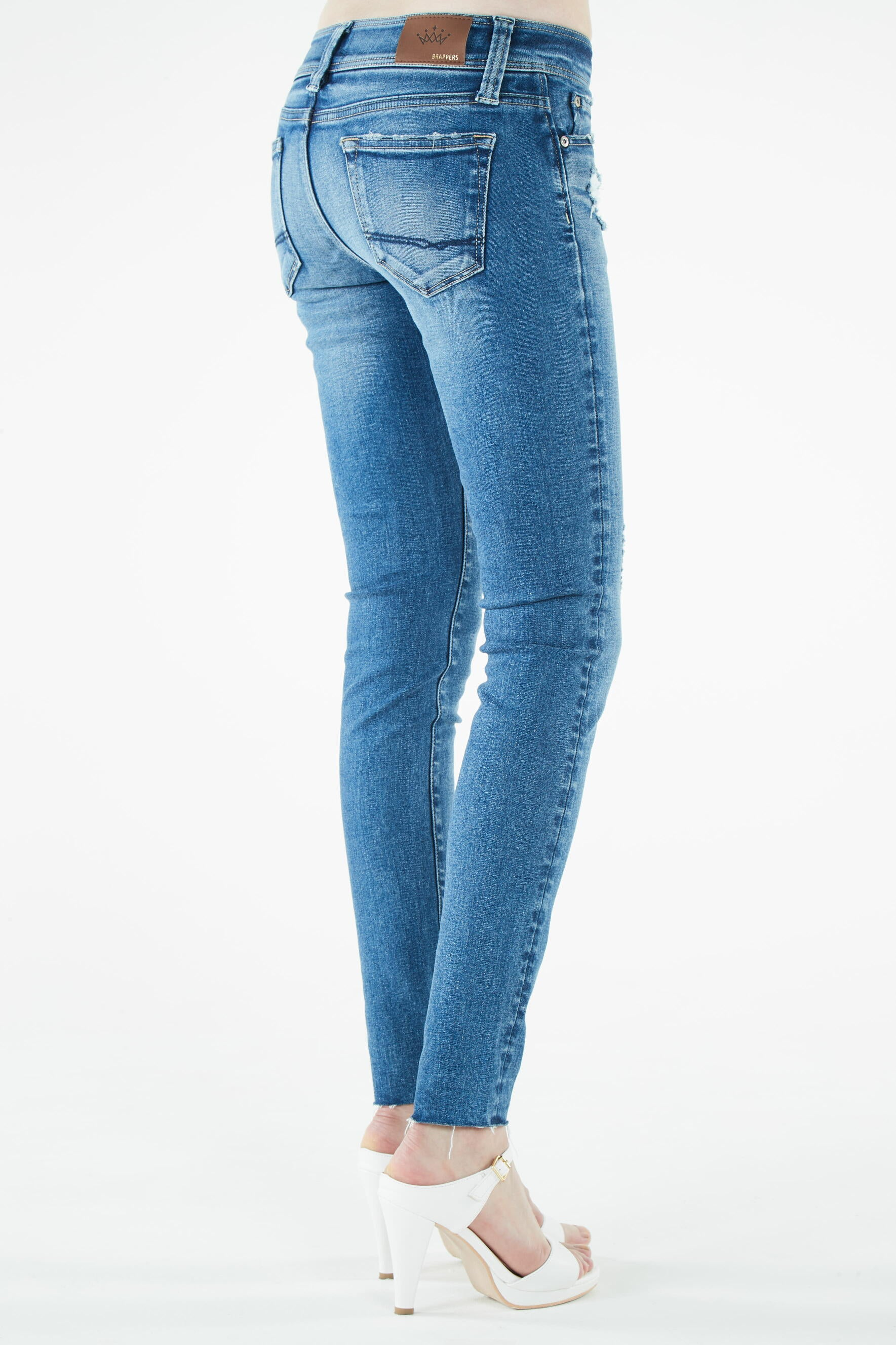 Performance Skinny. - size 24 (also in 25,26,27,28,29,30) Brappers