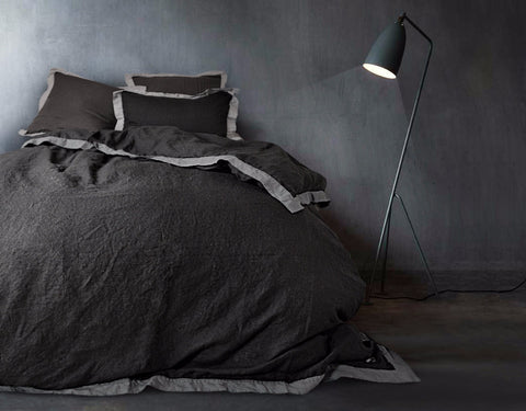 Naughty linen duvet cover Black/Grey