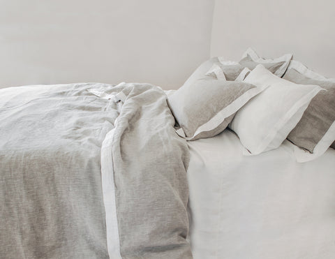 Naughty linen duvet cover Mixed grey/White border