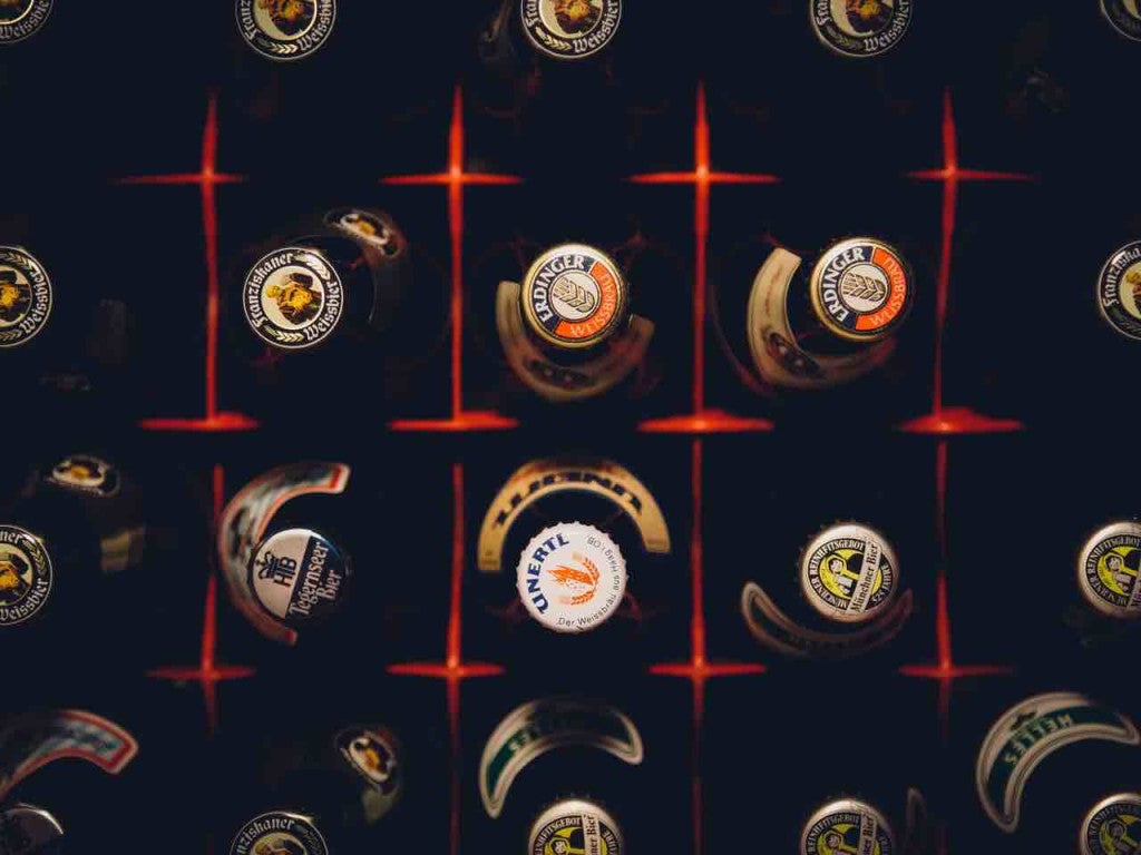 Bottles vs Cans? The Pub Debate Changing The Brewing Industry