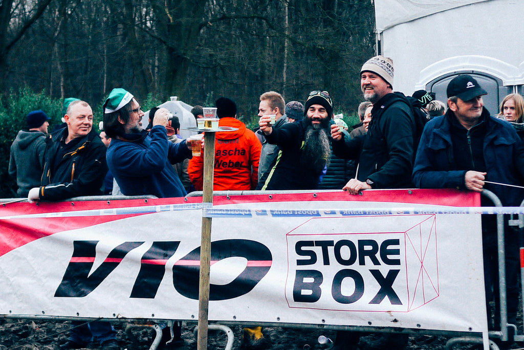 GP Sven Nys fans drink up