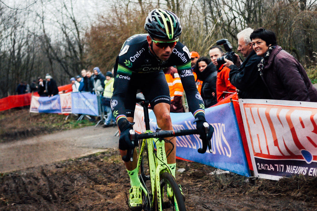 Sven Nys tackles the terrain