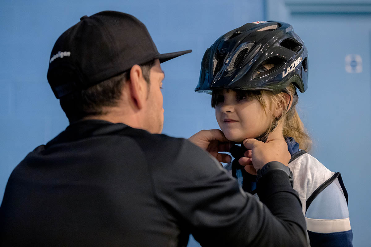 How to fit a kid's bicycle helmet properly