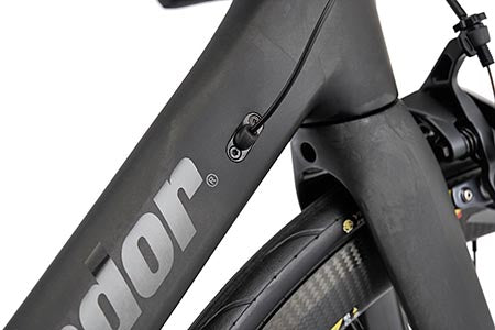 Potenza internal cable routing