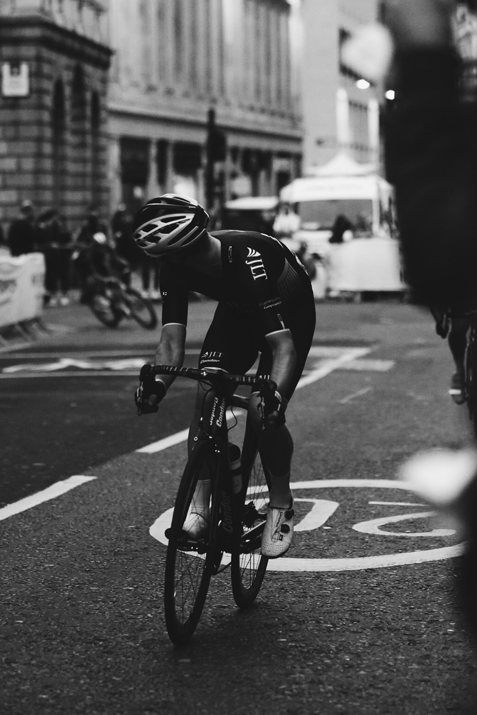 Chris Lawless at the 2016 Nocturne racing for JLT Condor