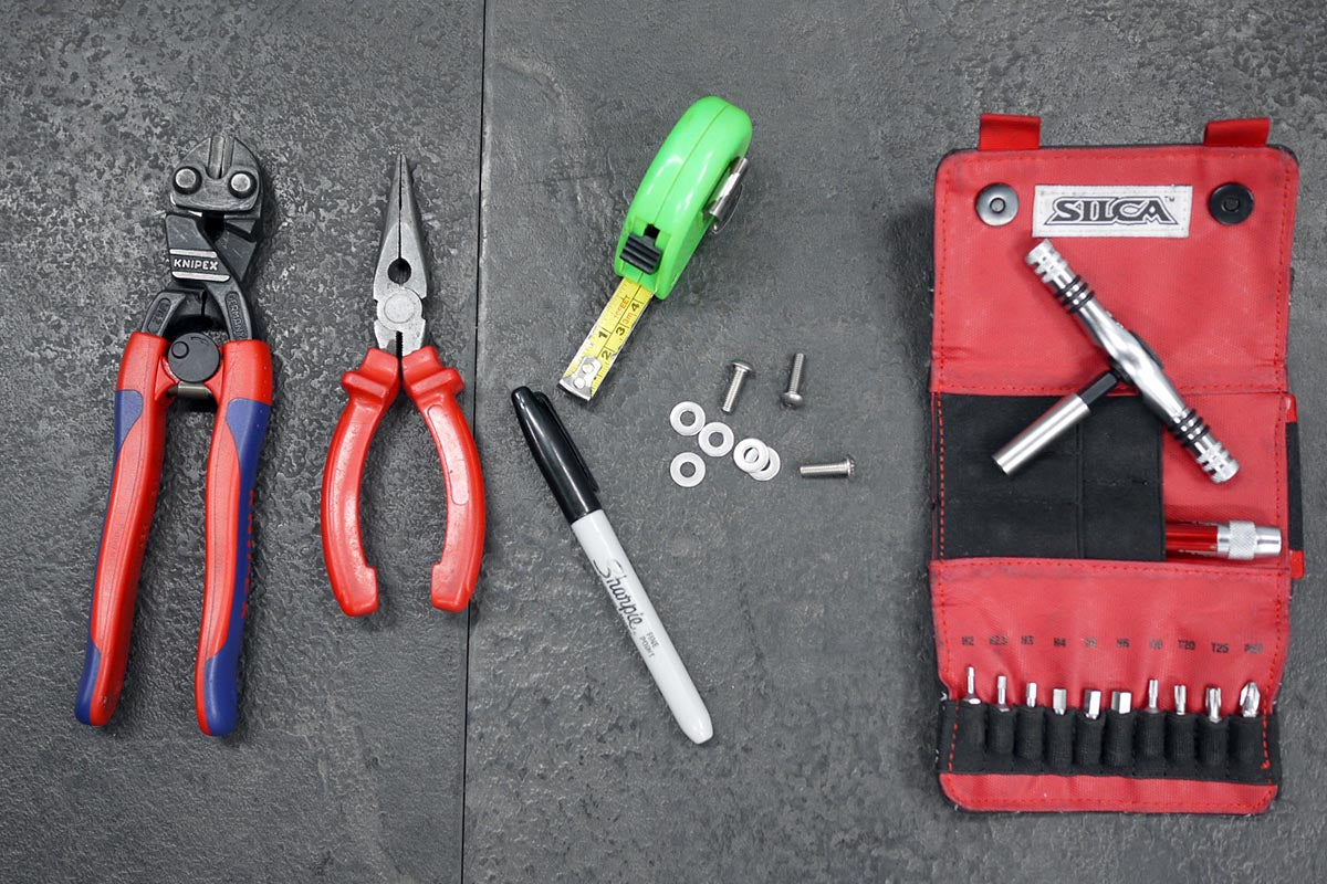 Tools to fit mudguards