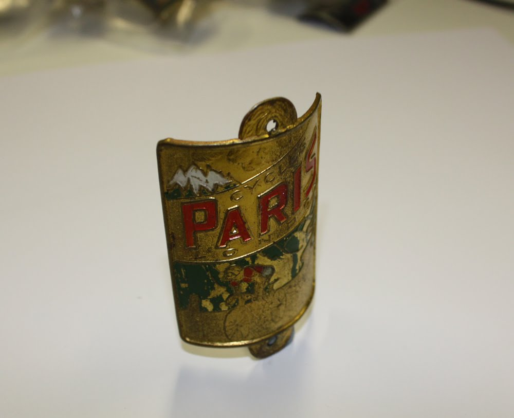 Paris Head Badge