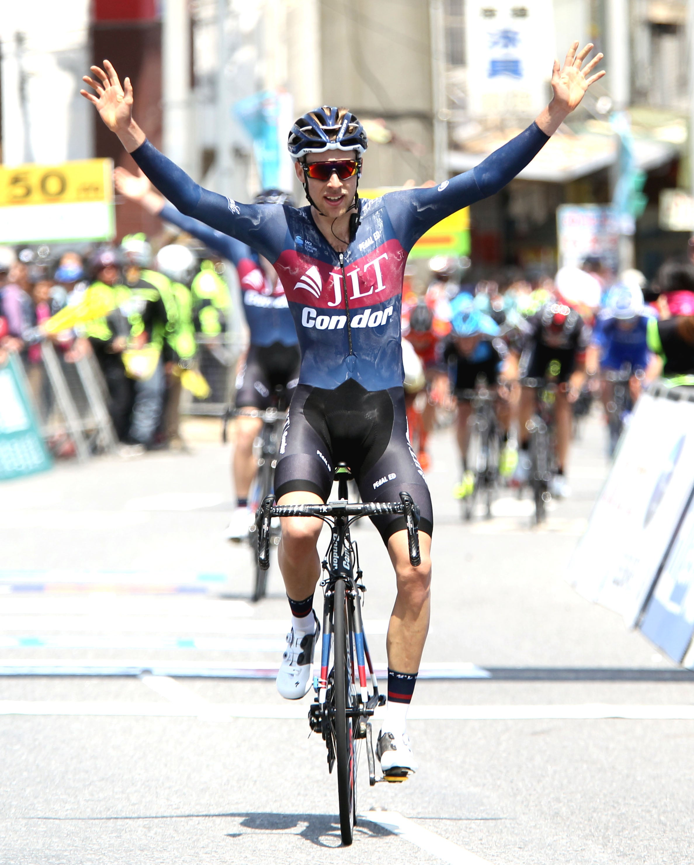 James Gullen wins stage 2