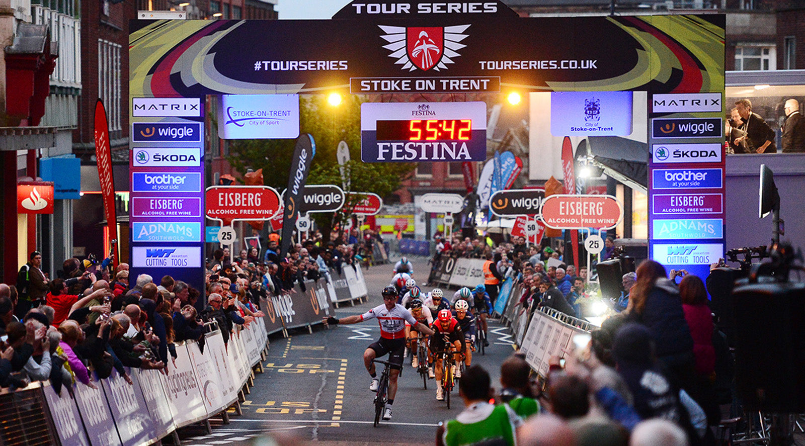 Brenton Jones win Tour Series in Stoke on Trent