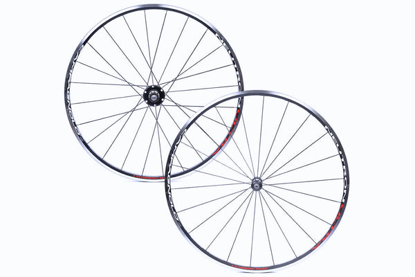 Campagnolo Neutron Ultra Clincher Wheels
