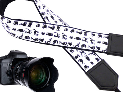 Black cat design camera strap Best gift for travelers and photographers. Photo accessory - well padded and designed for long term use.