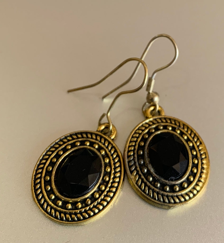Oval Antique Gold Stone Drop Earrings