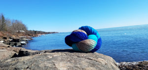 lake superior Park Point yarn on rock