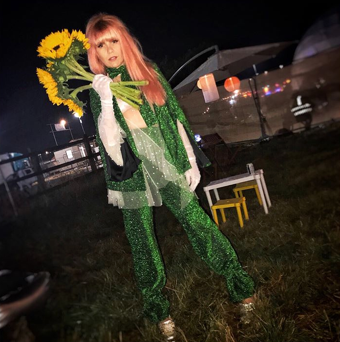 paloma faith green suit georgia hardinge
