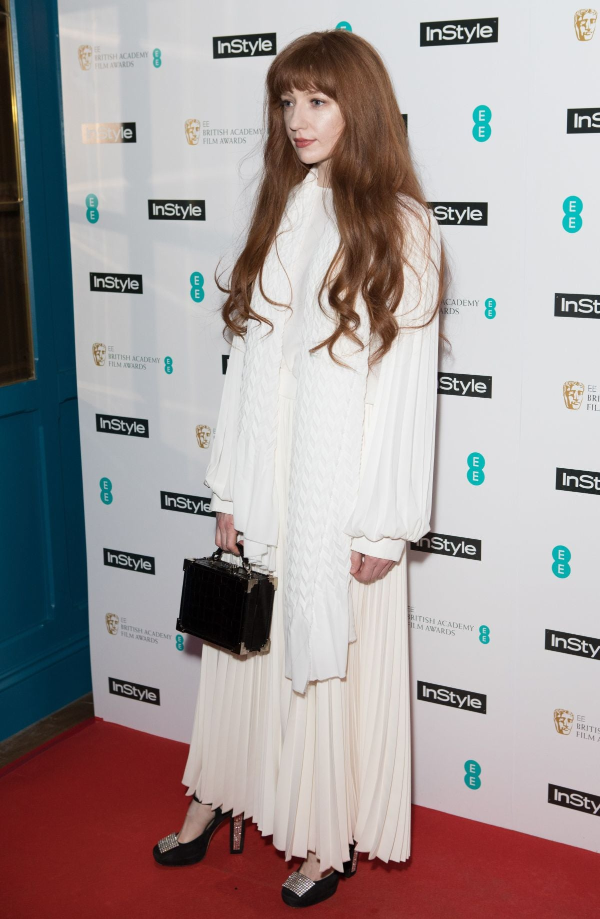 nicola roberts white pleated outfit