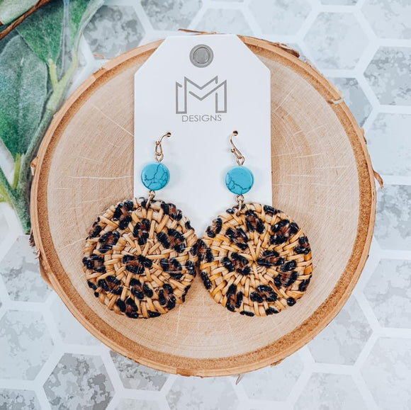 Mila Earrings With Round Cheetah Print