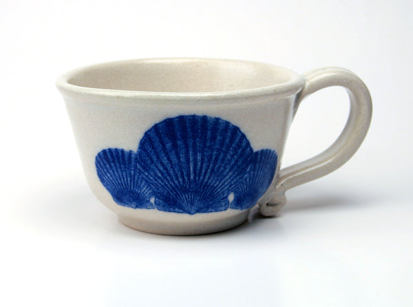 Chowder Mug - In Glaze Illustration - Scallop Shells