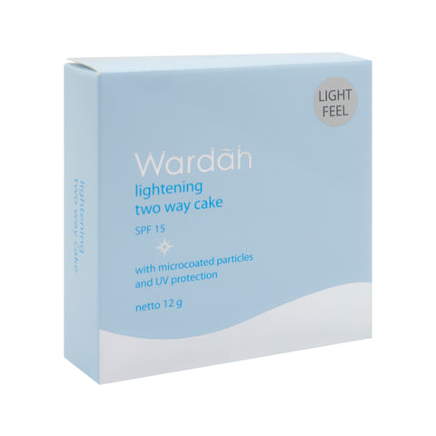 Wardah, 2 Way Cake, Light Feel, 04 Natural, 12 g
