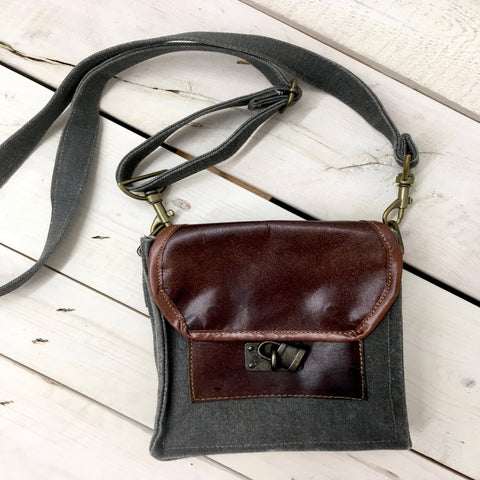 Small Flap Purse