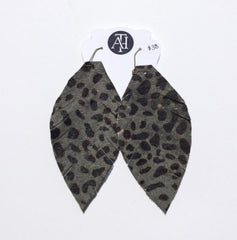 Black and green cheetah print