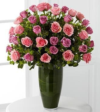 Serenade Luxury Rose Bouquet - 40 Stems of 24-inch Premium Long-Stemmed Roses