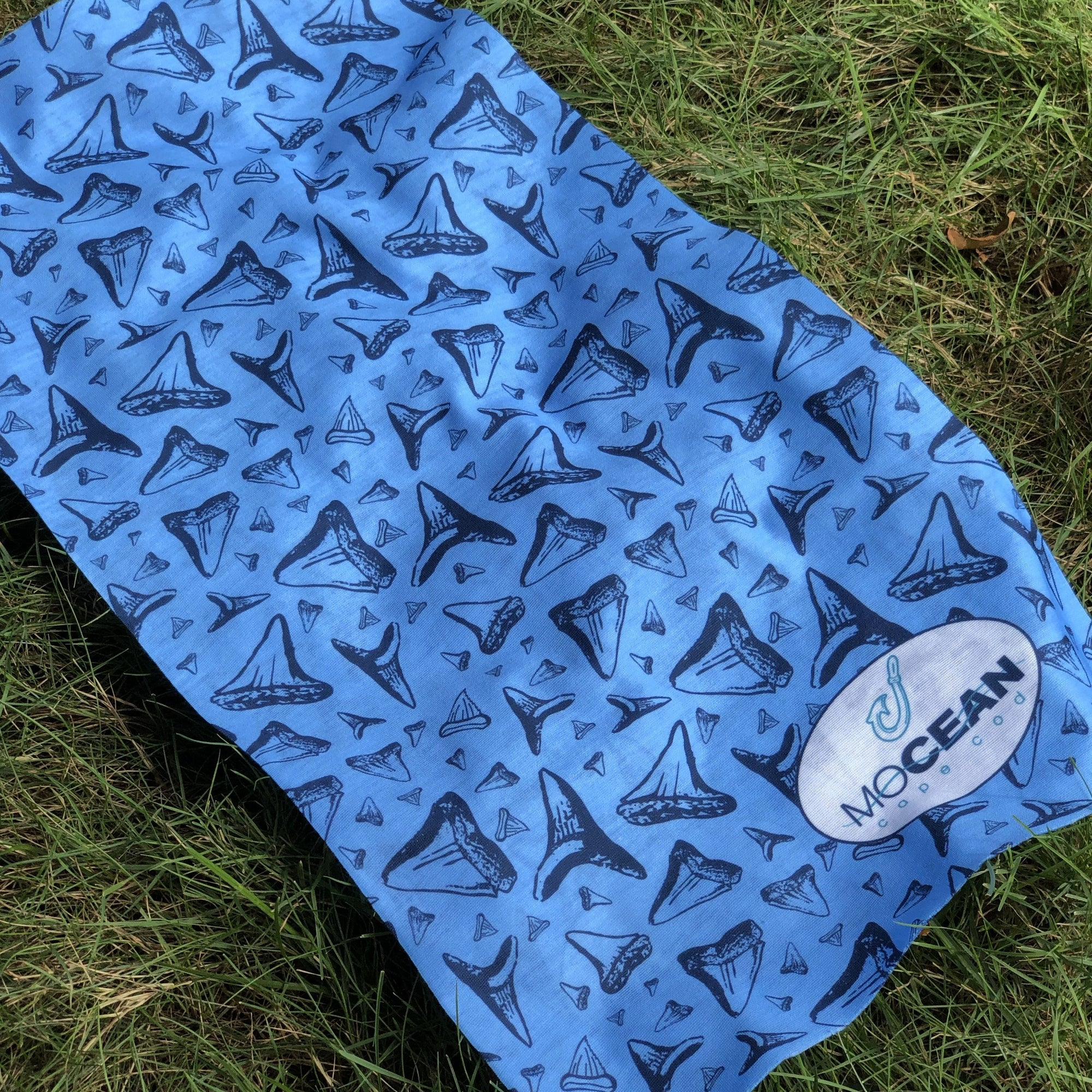Neck Gaiter - Shark Tooth