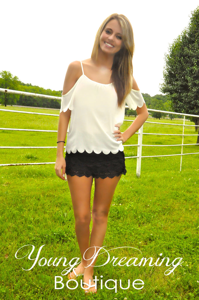 Scallop Top with Shoulder Cut Out!!