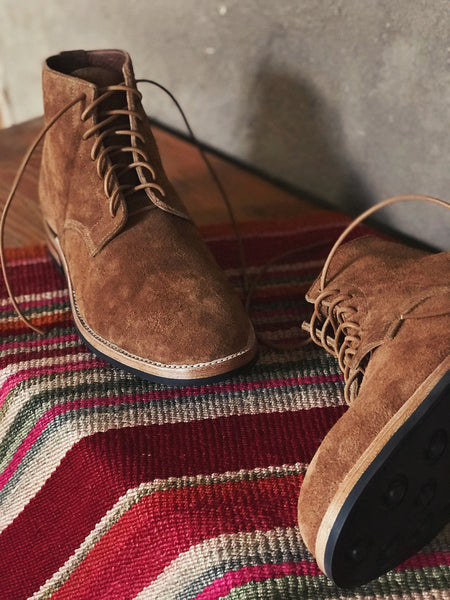 Chisos Boots in Rough-Out Lager