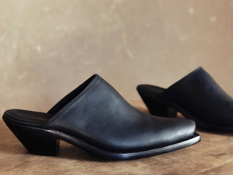 Highland Mules in Black