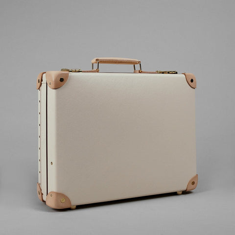 "Globe-Trotter Safari 16"" Slim Attache Case"