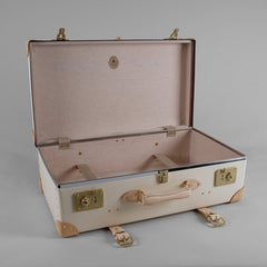Safari 26 Inch Suitcase-Suitcase-Sterling-and-Burke