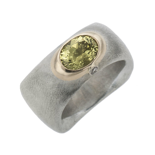 Crysoberyl ring