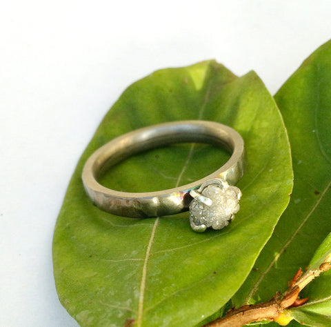 Titanium ring with rough diamond